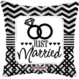"18"" Just Married Pillow Foil Balloons"