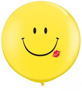 3ft A Smile And A Kiss Giant Latex Balloons 2pk