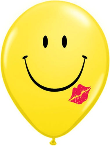 "11"" A Smile And A Kiss Latex Balloons 50pk"